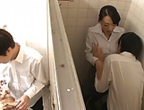Ishihara Kyouka enjoys sex in toilet picture 7