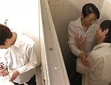 Ishihara Kyouka enjoys sex in toilet picture 8