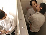 Ishihara Kyouka enjoys sex in toilet picture 9