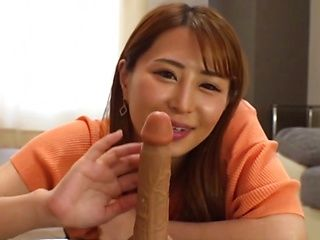 Sex appeal Japanese milf Kururugi Mikan playing a solo with a sex toy