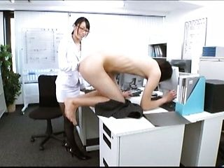 Super luscious Japanese office chick takes cum in mouth